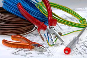 Схема электропроводки, инструменты электрика